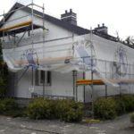 Po remoncie dachu, w trakcie remontu górnej części elewacji (2016 r.)